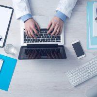 Software Kesehatan, Aplikasi Apotek & Klinik Terbaik